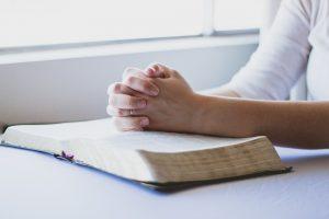 Którą Księgę Pisma Świętego przeczytać?